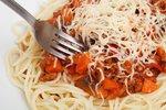 Zabily ho 5 dní staré špagety. Studenta (†20) nakazily zákeřnou bakterií