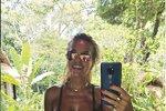 Dara Rolincová na dovolené na Bali.