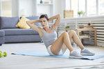 Zeštíhlující trénink na doma, který je stejně účinný jako cvičení v posilovně!