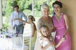 Jaké šaty si vybrat na svatbu? Koukněte na tipy z obchodů!