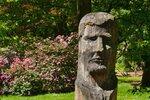 Kam v Konstantinových Lázních a okolí? Začněte v lázeňském parku, kde jsou rozeseté dřevěné i kamenné sochy. Tato netradiční galerie pod širým nebem vznikla během několika sochařských sympozií.