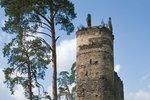 Romantická zřícenina hradu Gutštejn.