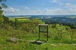 Naučná stezka Hradišťský vrch vám nabídne několik krásných vyhlídek a taky vás seznámí s historií pravěkého osídlení.