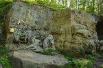 K Braunovu betlému, což jsou unikátní barokní sochy zasazené do krajiny v okolí Kuksu, to z Velichovek máte šest a půl kilometru po turistické značce.