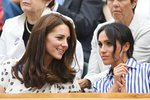Vévodkyně z Cambridge Kate si na zdravou stravu potrpěla vždy. A její švagrová Meghan je na tom velmi podobně. Aktivní životní styl se u Kate moc nezměnil ani poté, co se vdala do královské rodiny a porodila děti. Meghan se sice po porodu objevila na veřejnosti jen jednou, ale je zcela jasné, že i na mateřské dodržuje jídelníček, který si oblíbila před těhotenstvím. Jaké jsou jejich triky pro dokonalou postavu?