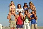 Takhle vypadala partička amerických teenagerů z původního Beverly Hills 90210. Staly se z nich ikony a milovaly je tisíce fanoušků.