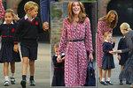 První školní den princezny Charlotte: V Georgeově škole jí dali slevu!