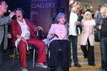 Osmdesátnice Eva Pilarová po úraze: Bez pomoci už nemůže ani na jeviště!
