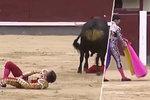 Hrůza v rodině španělského krále: Přítele jeho neteře nabodl býk mezi nohy!