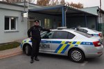 Senior (75) zkolaboval za volantem: Všímavý policista mu zachránil život