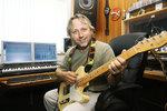Dalibor Janda letos slaví 40 let na hudební scéně.