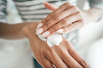 Test krémů na ruce: Které se dobře vstřebávají a ochrání vaše ruce?