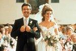 Ocelové magnólie (1989) - Svatební šaty ze saténu byly prostě božské.