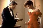 Pretty Woman (1990) - Kdo by nechtěl obléct rudé šaty se spadlými rameny?