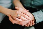 Jaké jsou aktuální trendy zásnubních prstenů a jak o ně pečovat, abychom prodloužili jejich životnost?