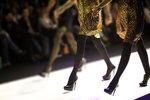Co se ukrývá v zákulisí módních přehlídek?