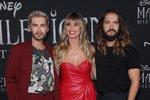Bill Kaulitz (zleva) spolu s bratrem Tomem a jeho manželkou Heidi Klum.