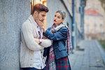 Zaměřeno na muže: Proč se někteří chlapi chovají jako hysterky?