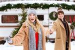 Předvánoční čas bývá obdobím plným stresu, přitom by to měl být hlavně kouzelný čas strávený s rodinou.Často zapomínáme na to, že i adventní období by samo o sobě mělo být chvílemi pohody a klidu, nejen samotné Vánoce. Vy toho ale docílit můžete. Zeptaly jsme se odbornice na vztahy, co je nejlepší udělat pro klid po těle i na duši.