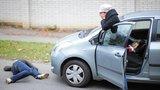 Noční chodec na dálnici D10: Po srážce s autem na místě zemřel