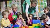 Dětský psycholog: Ve dvou letech do školky? Pro děti brzy, pro rodiče vysvobození