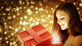Vánoční dárky podle zvěrokruhu: Býci ocení čokoládu, Rakům upleťte ponožky