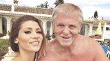 Kerndlová zažila šikanu: Děti na ni řvaly, že táta s rakovinou chcípne!