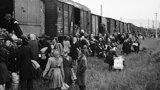 Útlak a napadání: Před 70 lety vláda kývla na odsun Němců ze Sudet