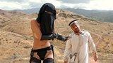 Islámské porno ukazuje ženu jako dominantní erotomanku, autoři bojují za lidská práva