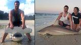 Náctiletý lovec žraloků: Na svou udičku chytil hned tři mořské bestie