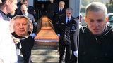 Pohřeb Jiřího Krytináře (†68): Utajovaná milenka Pavlínka plakala nad rakví