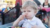 Nejhorší jídla pro děti: Víte, co vadí víc než fast food?
