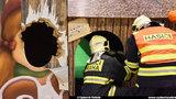 Dítě se zaseklo hlavou v prolézačce v obchodním centru: Zasahovat museli hasiči