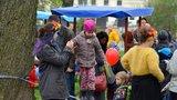 Koncerty, divadlo i komentované procházky během jediného dne: Jarní Kampa láká na rodinný festival