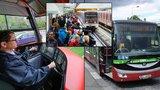 10 trápení řidičů MHD v Praze: Svačiny v tramvaji, volání z mobilů a dobíhači na zástávce