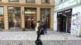 Segwaye zmizí v srpnu z pěších zón v centru: Zákaz Praha rozšíří i na silnice