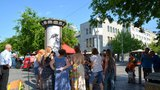 Lidé jako hudební automaty: V metropoli řádil Zpěvomat
