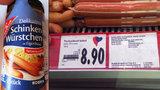 Párky bez masa a lži: Němci a Poláci posílají do Česka falšované potraviny