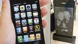 iSmrt: Rusové si nechávají dělat náhrobky, které vypadají jako iPhony