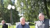 Léto Václava Klause: Nejsem dovolenkář! A jako Zeman na člunu? To ne!