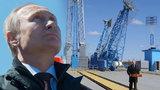 Putin chystá špionážní novinku: Z vesmíru dohlédne až do displeje mobilu