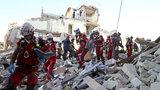 """Tragické zemětřesení udělalo Italům """"díru"""" za 190 miliard. Zalepit ji má Brusel"""