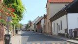 Řidiči už nebudou zmatení: Ulicí Strážovská v Radotíně se nově jezdí »třicítkou«
