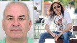 O peníze okradl i Aleše Brichtu: Po podvodníkovi policie pátrá už rok a půl