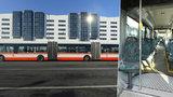 Rekordní dlouhán se rozjel Prahou: Autobus Van Hool bude vozit cestující na letiště