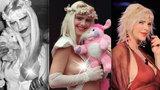 Ceckatá Cicciolina slaví 65. narozeniny! Podívejte se na její nejžhavější fotografie