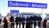 Praha má novou železniční zastávku. Vlak staví před Amazonem v Dobrovízi