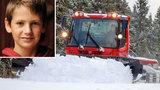 Chlapce (†12) pohřbil sníh zaživa: Zasypala ho rolba