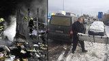 Požár chaty v Uhříněvsi: Uvnitř uhořel muž a dva psi