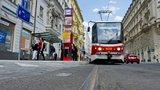 Rada hlavního města rozhodla: Jízdné »10 korun za den« zůstává